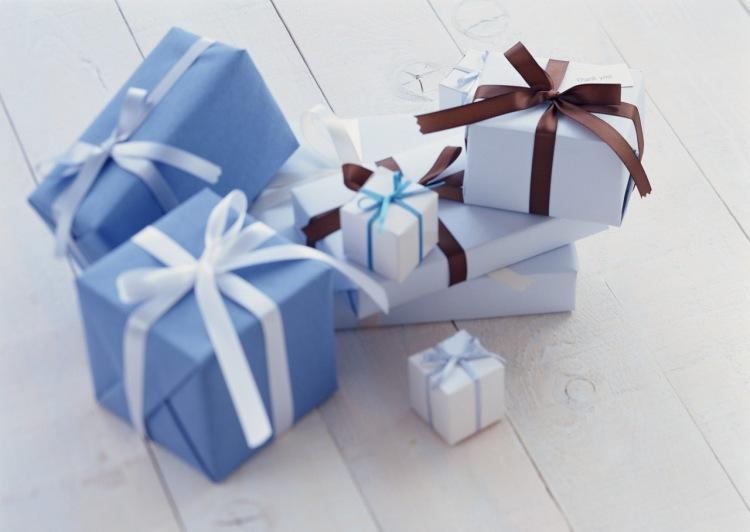 Оригинальные подарки родным своими руками
